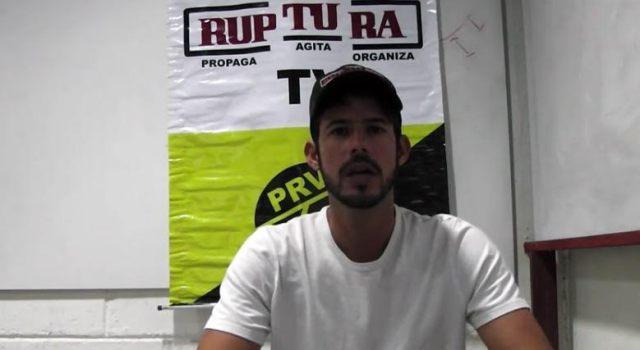 Hijo del luchador social Alcedo Mora continúa demandando justicia en el lamentable e insólito caso de la desaparición de su padre. Hasta ahora sólo promesas han recibido mientras los meses siguen su paso. Sept 2015